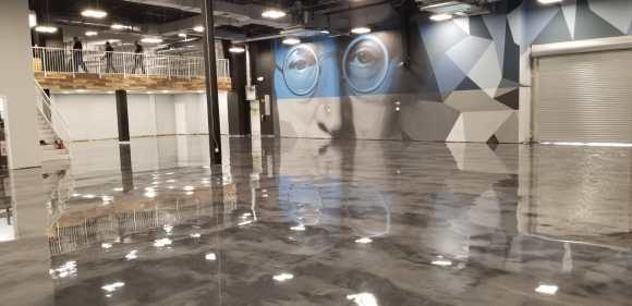 Jazwares Satin Finish Concrete Grey Metallic Epoxy Floors6